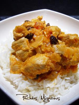 Rapide, Wok, Dinde, Fruits secs, Fruits confits, Tomates, Yaourt, Noix de coco, Epices, Curry,
