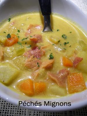 Soupe, Légumes, Epices, Curry, Lait coco, Citron vert, Céleri, Carottes, Pommes de terre, Navet, Rapide,