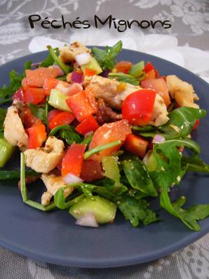 Entrée froide, Salade, Tomates, Concombre, Céleri, Roquette, Moutarde ancienne, Huile noix, Oignons, Poulet, Poitrine, Poivron, Facile, Rapide, Légère,