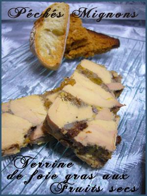Entrée froide, Facile, Foie gras, Fruits secs, Piments, Alcool, Porto, Noix, Amandes, Abricots secs, Vinaigre, Rapide,
